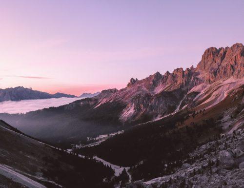 Weekend in Val di Fassa: notte in rifugio ed escursione tra le vette del Catinaccio